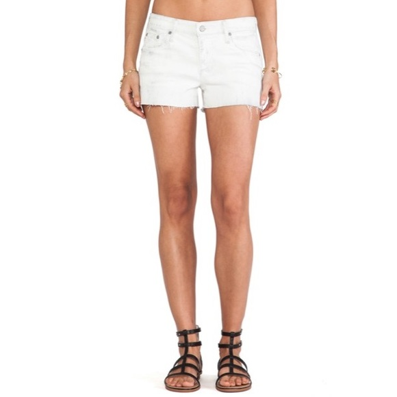 AG The Bonnie Relaxed Short in 22 Years Drifter